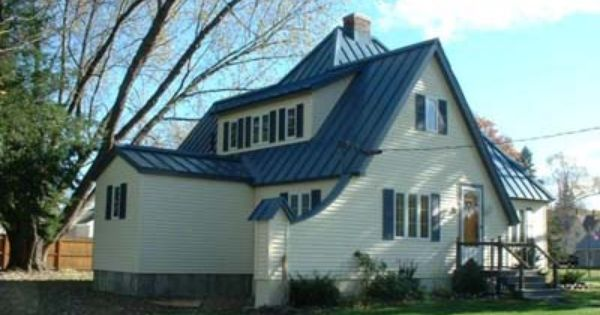 I Absolutely Love This White House With The Blue Metal Roof The Pop Of Color The Shape I Would Love To See A Farm House Makeover Blue Roof Metal Roof Houses
