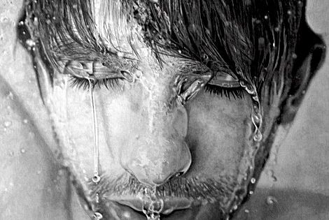 A mazing! This is a graphite drawing, that's right, drawing, not a