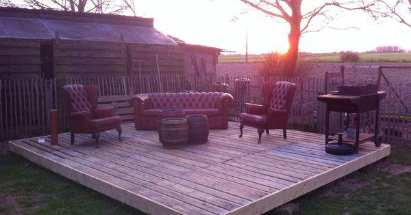 terrasse aus europaletten europalette pinterest europalette terrasse und g rten. Black Bedroom Furniture Sets. Home Design Ideas