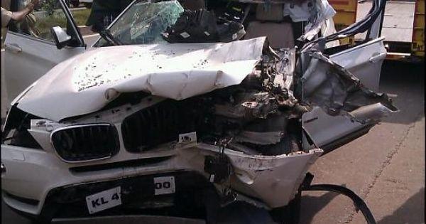 Bmw X1 Crash In Kerala Aluva The Car Opened Up Like Tin Can Accidents Pinterest Kerala