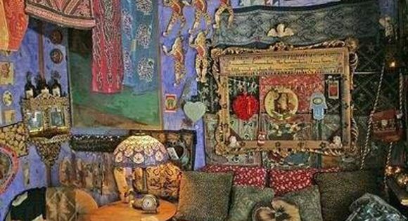 how to create a bohemian atmosphere in your home. It's a crazy