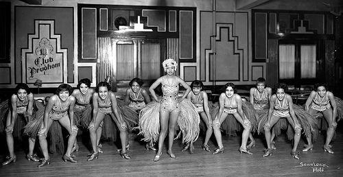 Charleston Dancers Club Prudhom The Charleston Dance Became Established Worldwide During The Jazz Age The Harlem Renaissance History Charleston Dancer