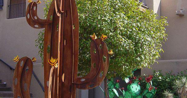 cactus sculpture in Sedona by Martin LaBar, via Flickr