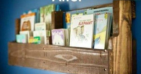 DIY Pallet Bookshelf I'm pinning this to future babies and future home...