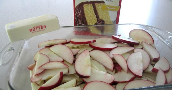 Fresh Apple Cake Ingredients: Fresh Fruit, sliced if large Package yellow cake
