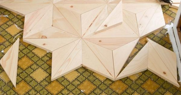 L id e d co du dimanche r aliser un parquet avec des triangles de bois meubel - Idee deco eettafel ...