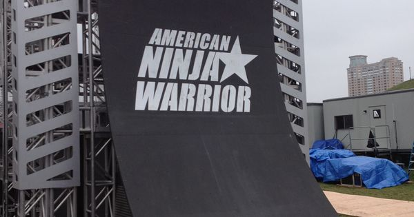 Warped Wall Up Close And Personal Anw 5 American Ninja