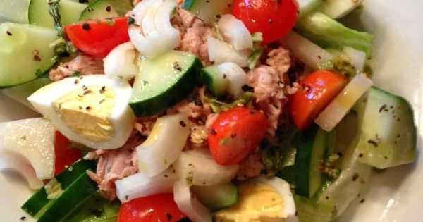 Paleo Recipe :: Breakfast Tuna Salad paleo salad recipes food paleoaholic.com