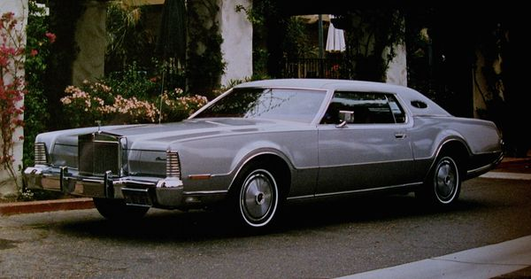1973 lincoln continental mark iv in silver moondust. Black Bedroom Furniture Sets. Home Design Ideas