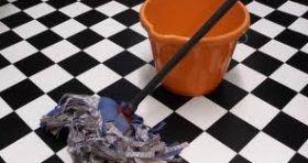 Nettoyer Le Carrelage Sans Laisser Des Traces Nettoyage Carrelage Nettoyant Carrelage Et Nettoyer Sol