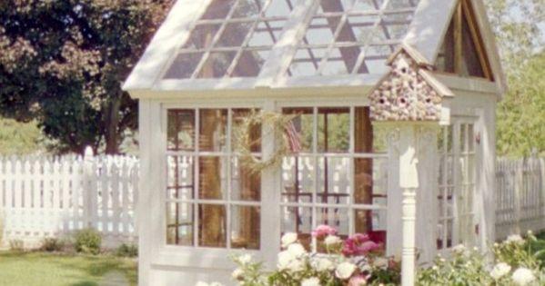 gew chshaus aus alten t ren und fenstern diy with wood or metal pinterest gardens garten. Black Bedroom Furniture Sets. Home Design Ideas