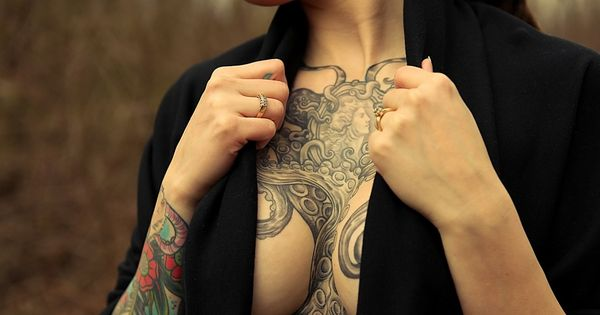 Sexy Chest Tattoos Girls