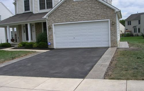 Decorative Edging Along Driveway For The Home