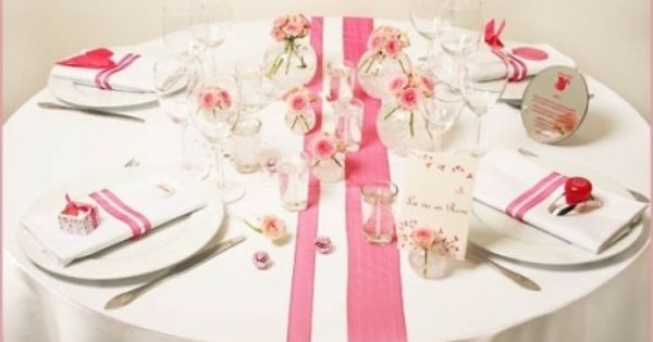 Table ronde rose chemins de table rubans pinterest - Chemin de table pour table ronde ...