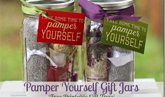 Pamper Yourself ~ Gifts in a Jar! {such a fun mason jar