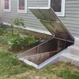 We Had One Of These While I Was Growing Up Can Still See It In My Mind Building A Root Cellar Root Cellar Root Cellar Storage Cellar