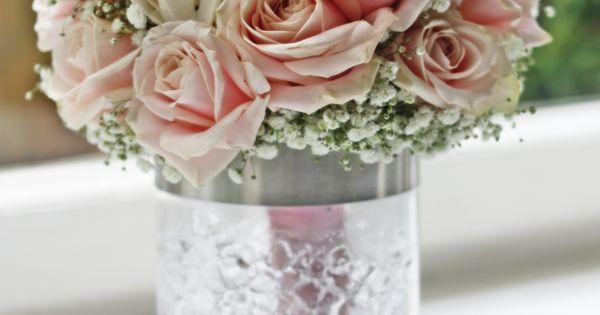 brautstrau rosa rosen schleierkraut rund griff rosa abgebunden hochzeitsdeko tischdeko hochzeit. Black Bedroom Furniture Sets. Home Design Ideas