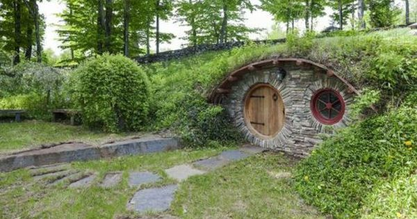 how to build an underground hobbit house