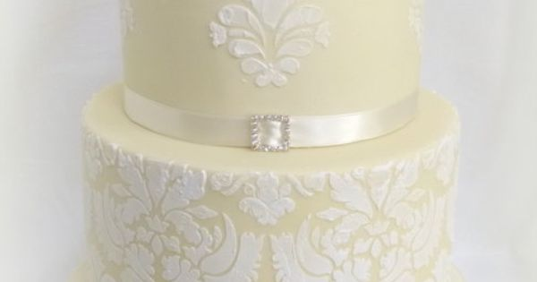 Ivory wedding cake  Cake Decorating  Pinterest