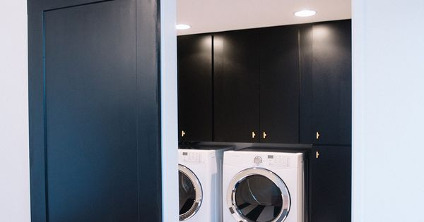 Black And White Stripe Floors In Laundry Room Design By