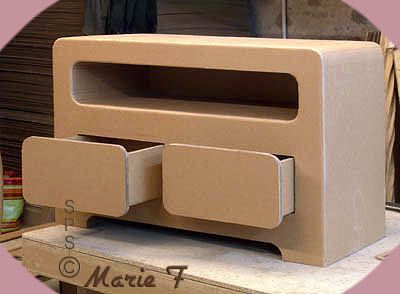 meuble rectangulaire pour tv muebles de carton pinterest cardboard furniture diy. Black Bedroom Furniture Sets. Home Design Ideas