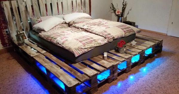 paletten bett selbst gebaut ramona pinterest selbst bauen bett und betten. Black Bedroom Furniture Sets. Home Design Ideas