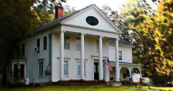 Oldhousess Com The Leading Old House Site On The Net Historic Homes For Sale Historic Homes Home