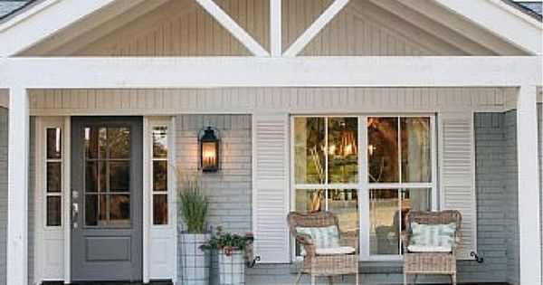 beach house with fixer upper style verandas stil und eingangst ren. Black Bedroom Furniture Sets. Home Design Ideas