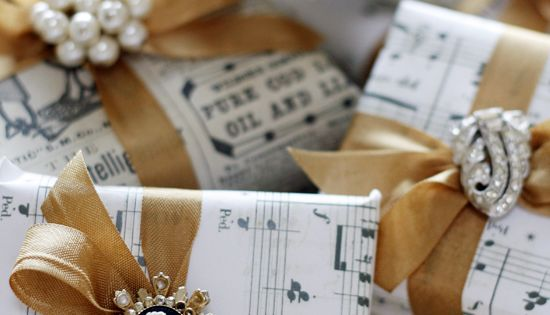 10 Christmas Gift wrap ideas that you'll love! Christmas GiftWrap ChristmasGiftWrap