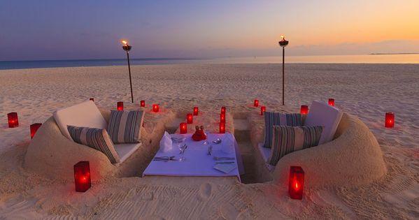 dig beach chair | Romantic Beach Picnic Ideas Romantic beach picnic set