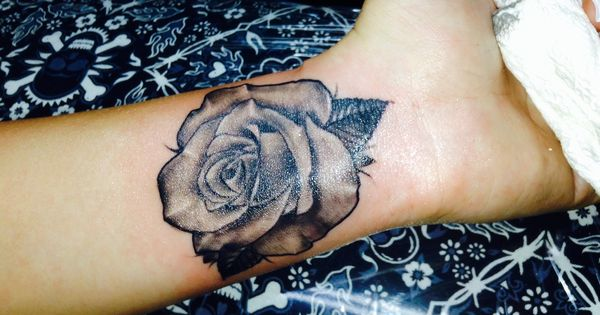 realistic rose tattoo on wrist inner arm tattoos pinterest realistic rose tattoo rose. Black Bedroom Furniture Sets. Home Design Ideas