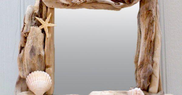 miroir en bois flott avec coquillages et toiles de mer pour un style bord de mer charente. Black Bedroom Furniture Sets. Home Design Ideas