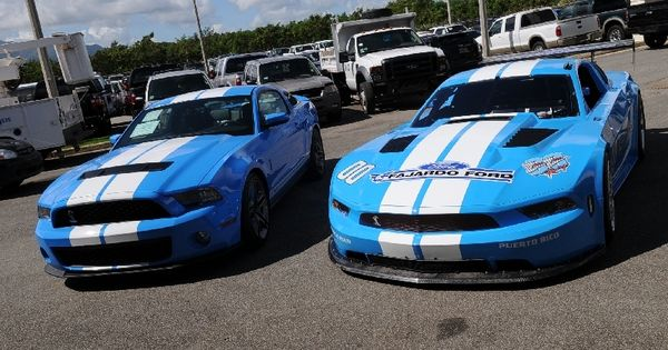 street racing cars race body mustang above shows 2010 stock body mustang vs 2010 race. Black Bedroom Furniture Sets. Home Design Ideas