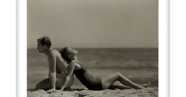 Doug Fairbanks & Joan Crawford beach photo