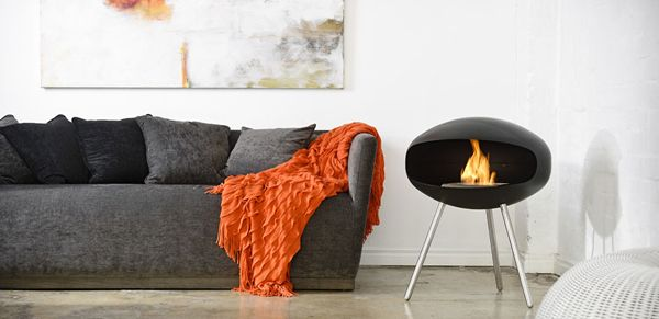 15 Hanging And Freestanding Fireplaces To Keep You Warm This Winter Standing Fireplace Freestanding Fireplace Hanging Fireplace