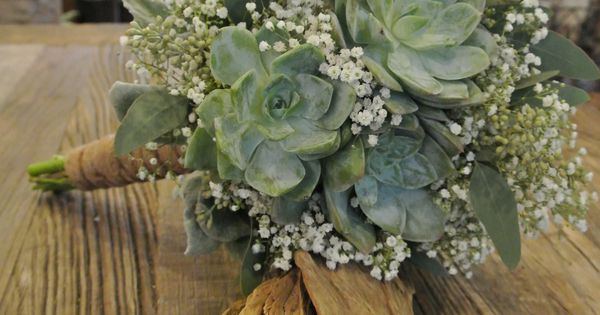 bridal bouquet with succulents hydrangea babys breath