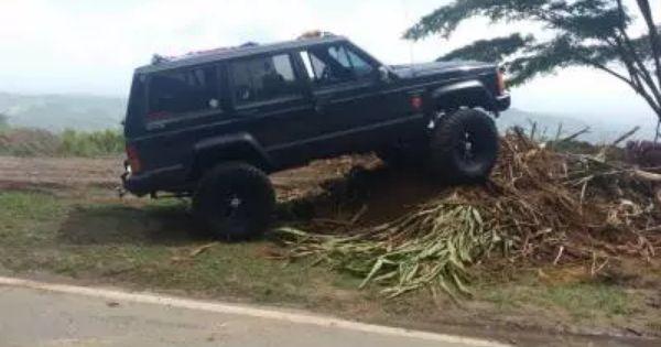 Jeep Cherokee Laredo 1990 Clasificados Autos Usados Puertorico