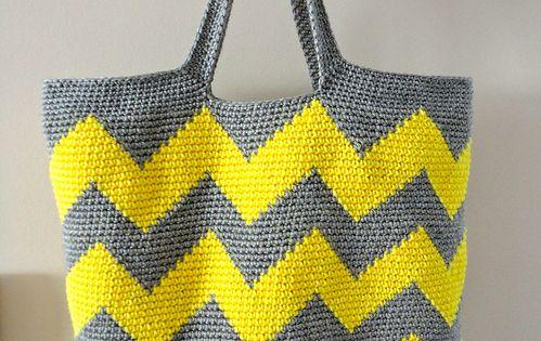 crochet chevron bag