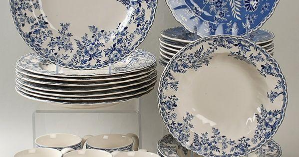 Johnson brothers devon cottage dinnerware b w pinterest vajillas porcelana y azul - Johnson brothers vajilla ...
