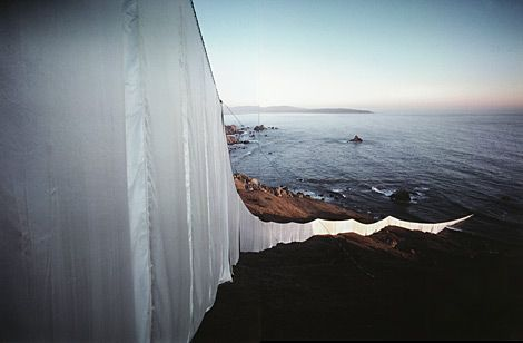 Up And Running With Christo And Jeanne Claude Land Art Christo And Jeanne Claude Jeanne Claude
