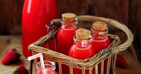 Strawberry Lemonade ~Love this idea if we could find the bottles