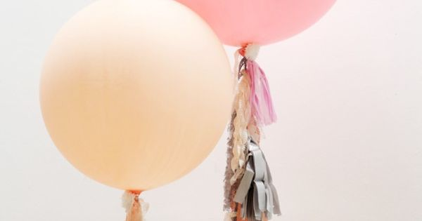 DIY FRINGE BALLOONS diy howto balloon party idea