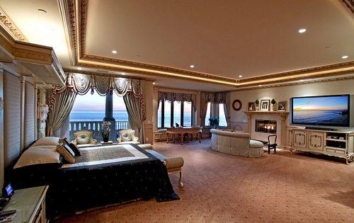 Small bedroom :-)