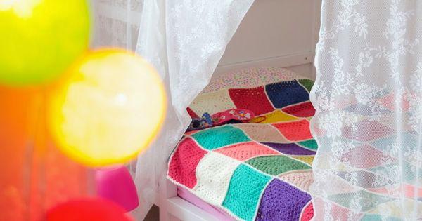 Ideeen Gordijn Kinderkamer : Wimke - Ikea gordijn als hemeltje, Ikea ...