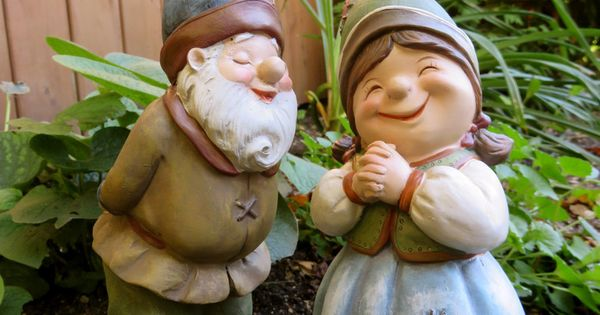 Gnome Garden: 2 Garden Gnomes Elf Statue Yard Ornaments Figurines Boy
