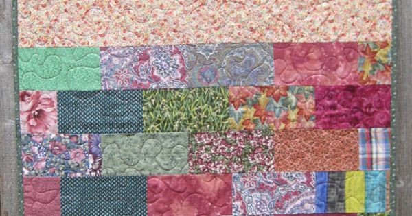 links to many free quilt designs, great for charity quilts Scrappy Quilts Pinterest Free ...