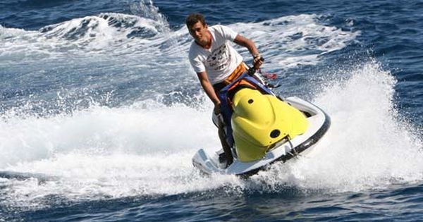 Jet Skiing In Los Angeles Ca Ski Touring Holiday Destinations In India Tourist Places
