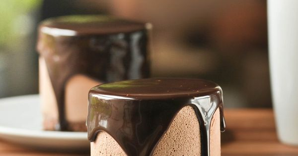 Triple chocolate temptation. Recipe in Spanish.