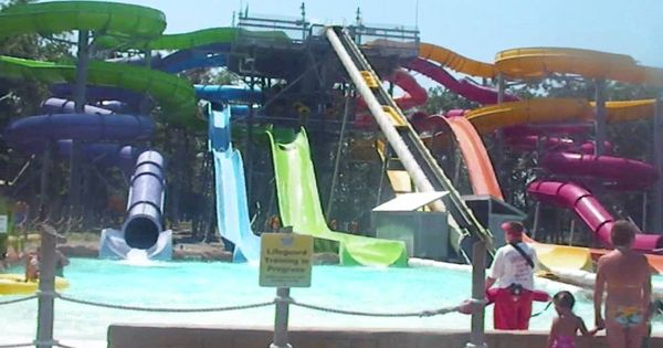 Six Flags Hurricane Harbor Water Park Hurricane Harbor Water Parks In Dallas Water Park Rides