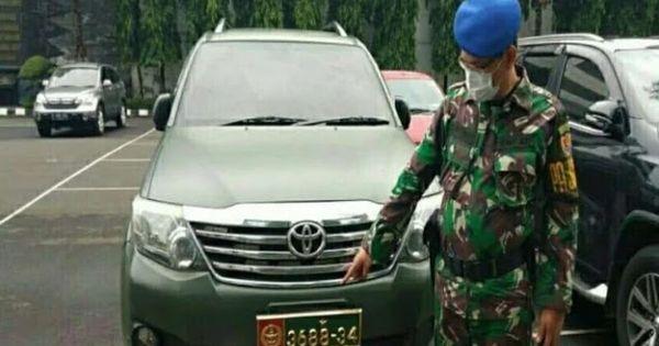 Mobil Dinas Tni Dipakai Warga Sipil Kolonel Cpm Purn Bagus Heru Dipanggil Puspomad Mobil Militer Angkatan Darat